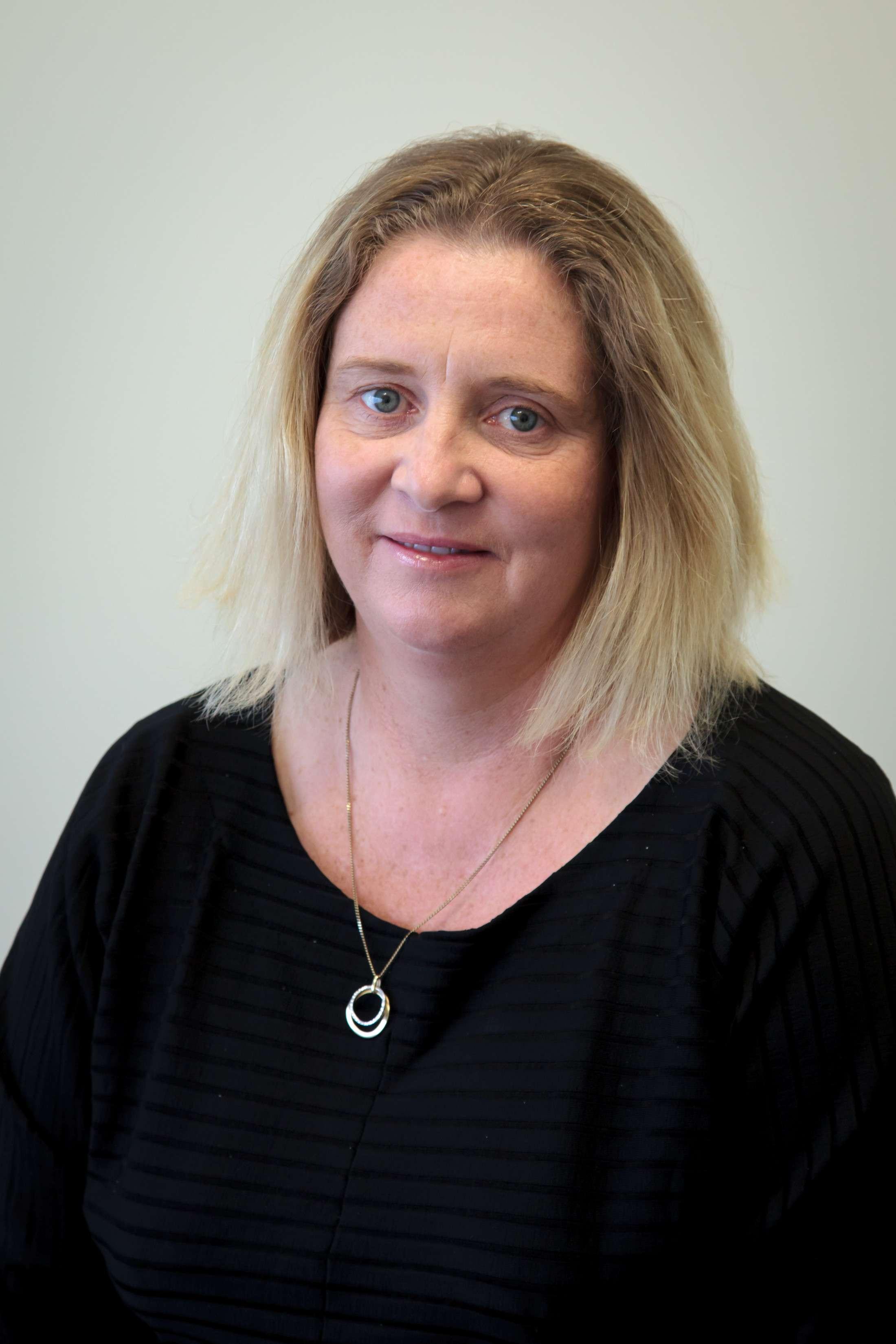 Tina McLennan